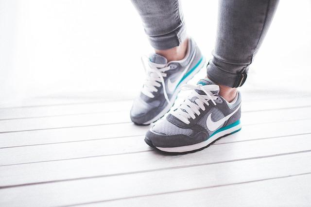 shoes-791044_640